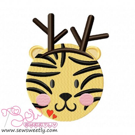 Cute Christmas Tiger Face Embroidery Design