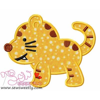 Cute Kitty Applique Design