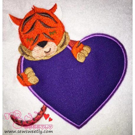 Safari Valentine-8 Applique Design
