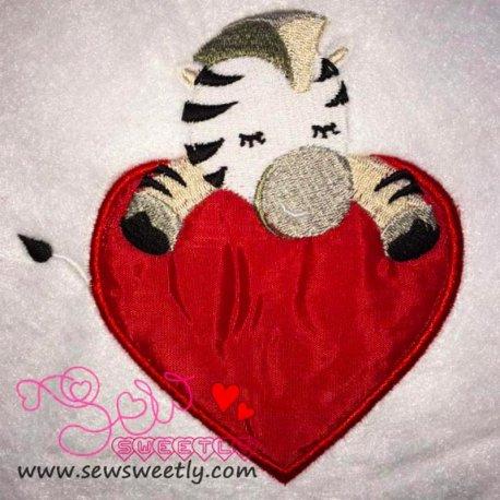 Safari Valentine-9 Applique Design