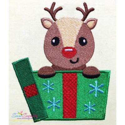 Free Reindeer Gift- Peeker Embroidery Design