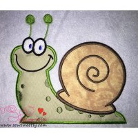 Smiling Snail Applique Design